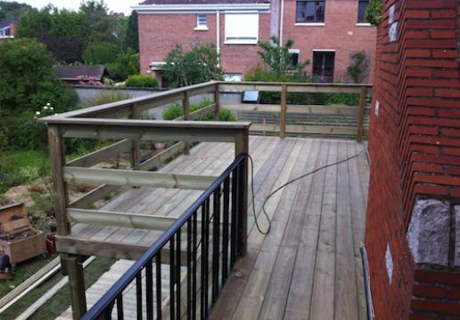 Terrasse supendue sur mesure PIN SYLVESTRE par LEMAN à BETHUNE
