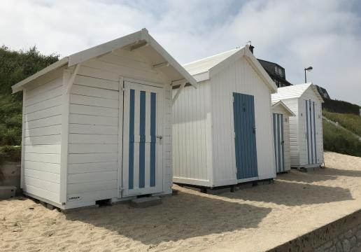 Abri de jardin transformé en cabine de plage-Lancieux (22)