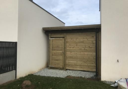 Carport Collstrop adossé installé par Breizh LEMAN - Région Bretagne ( 22 )