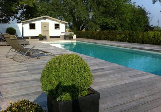Terrasse en bois exotique pour piscine PADOUK vieilli naturellement - Linselles ( 59 )