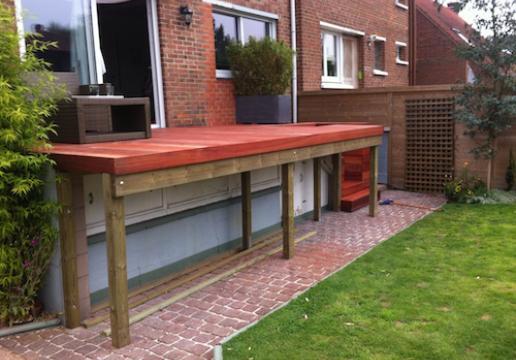 Terrasse supendue PLATEAU EN BOIS PADOUK  en cours de finition - WAMBRECHIES ( 59 )
