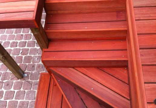 Escalier de terrasse en bois
