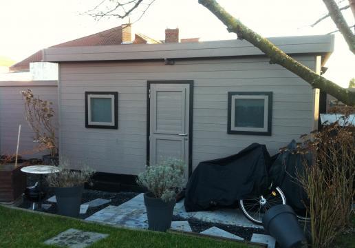 Abri de jardin AMENAGE en pièce à vivre- vue extérieure - HAUTS DE FRANCE ( 62 ) à Array