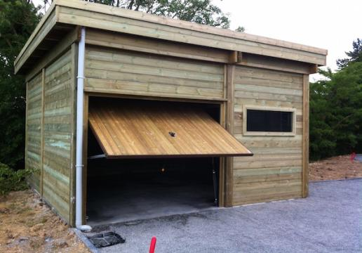 Carport bois LEMAN sur mesure, fermé porte de garage basculante-CAPINGHEM-