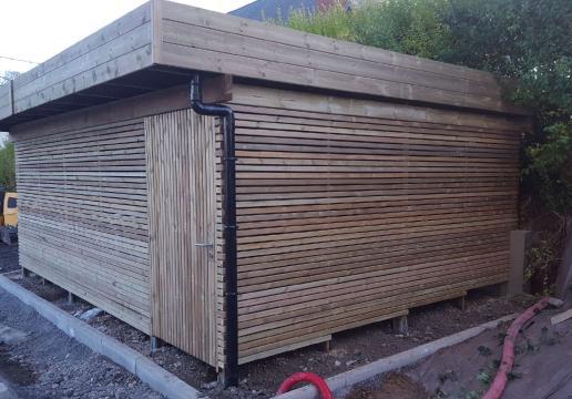 Grand garage à VELOS lames à claire voies pour logement collectif PAS DE CALAIS (62 )