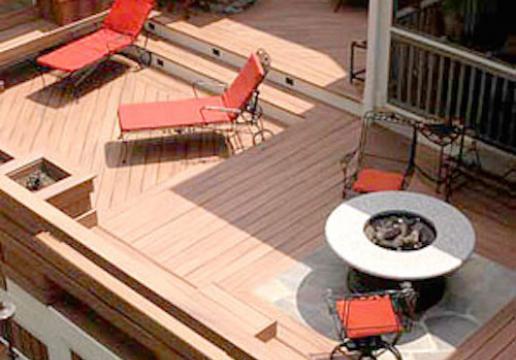 Terrasse en bois composite FIBERON HORIZON - LEMAN à MARCQ EN BAROEUL ( NORD )