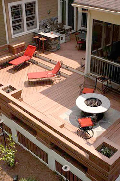 Terrasse en bois composite FIBERON HORIZON  LEMAN à MARCQ EN BAROEUL